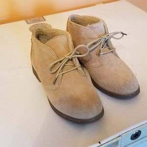 Eddie bauer shoes taupe